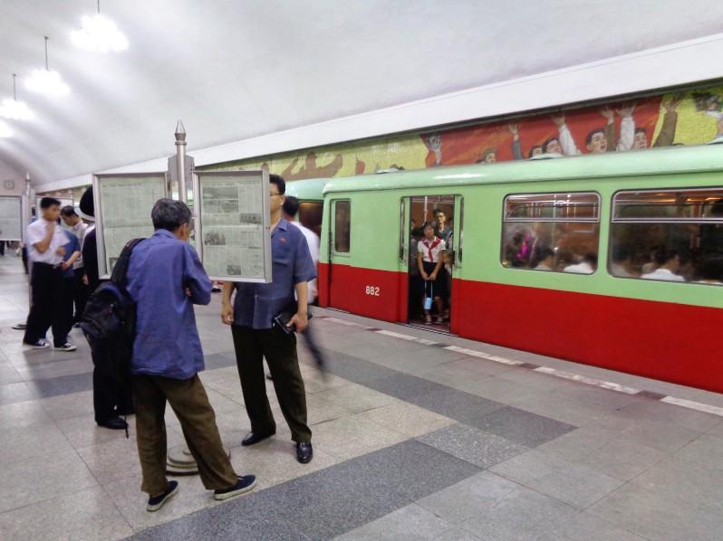 Pyongyang_metro17