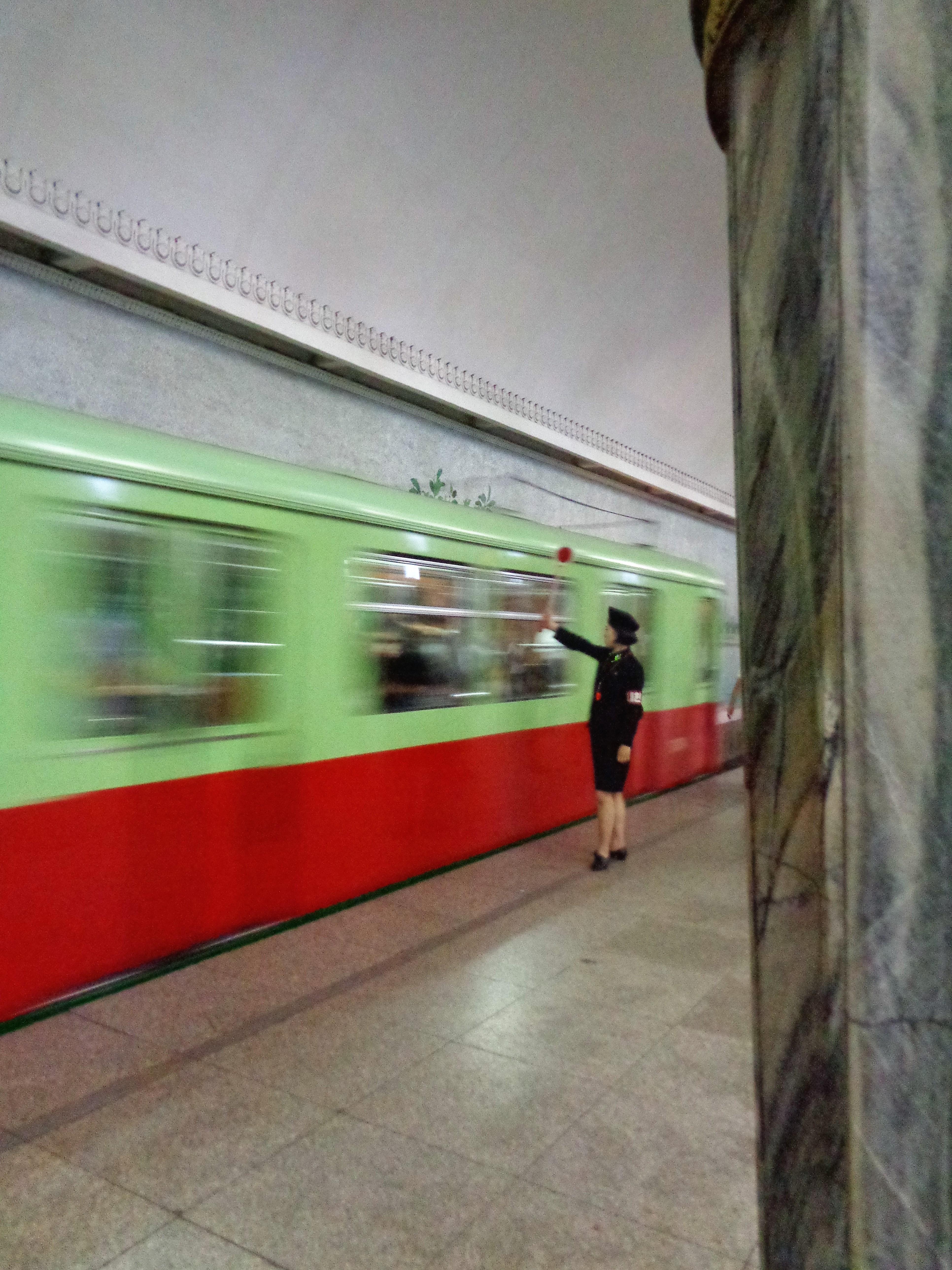 Pyongyang Metro – an underground museum in DPRK