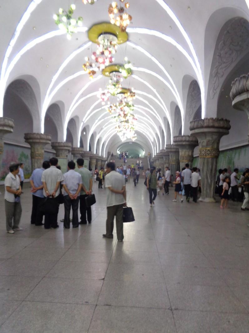 Pyongyang_metro9